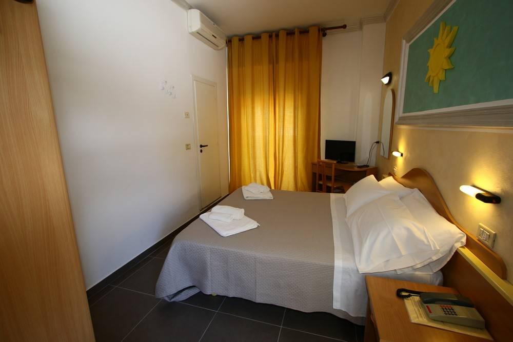 Hotel De Amicis
